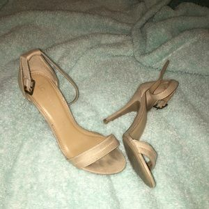 Shoes - tan heels
